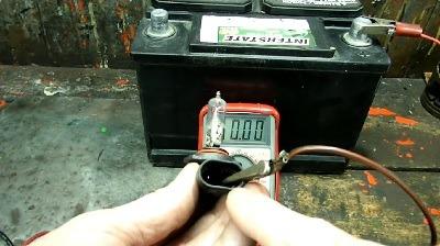 مولتی موتر دیجیتال و نحوه اندازه گیری آمپر باتری