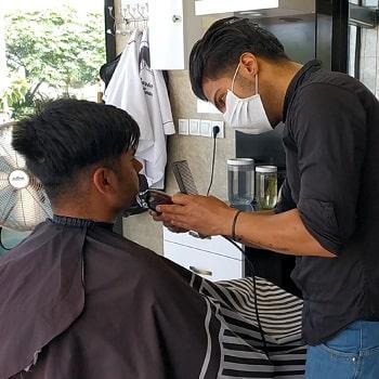 مصاحبه آموزشی درباره راه اندازی کسب و کار آرایشگری مردانه