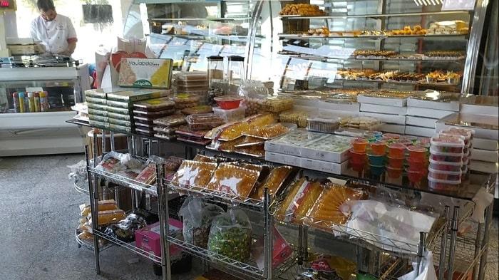 کارگاه تولید شیرینی و کیک